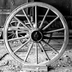 600px-Wagon_wheel_at_Black_Creek_Pioneer_Village